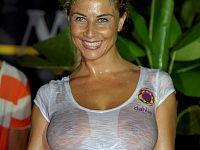 Miss Maglietta Bagnata compie 25 anni • Nove da Firenze