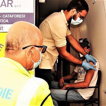 /images/0/2/02-foto-vaccini-arezzo-camper-5-settembre---3.jpeg