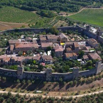 /images/0/3/03-castello-di-monteriggioni.jpg