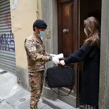 /images/0/3/03-esercito-e-cellini-2.jpg
