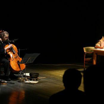 /images/0/5/05-giorno-della-memoria-lettera-alla-madre-minimal-teatro-eleonora-caponi-032.jpg