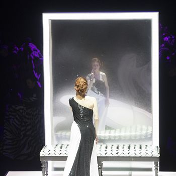 /images/0/5/05-traviata-3.jpg