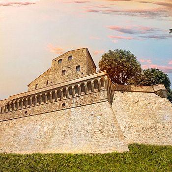 /images/0/7/07-1--il-castello.jpg
