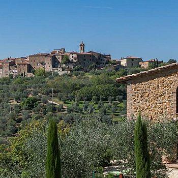 /images/0/7/07-castelmuzio-panorama.jpg