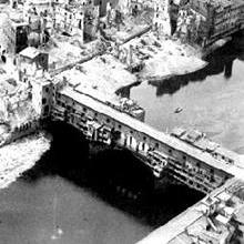 /images/0/9/09-ponte-vecchio-1944.jpg