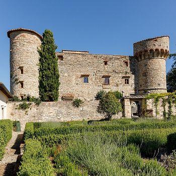 /images/1/0/10-tw-castello-di-meleto-0823-l.jpg