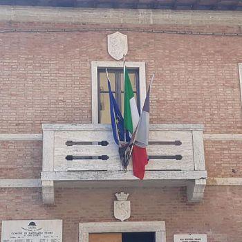 /images/1/2/12-palazzo-comunale-rapolano-terme.jpg