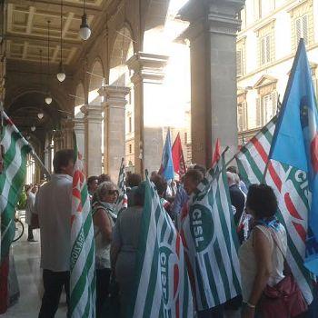 /images/1/3/13-protesta-sindaci-poste-d.jpg