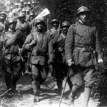 /images/1/5/15-ardengo-soffici-guida-una-compagnia-di-fanteria---museo-soffici-e-del--900-italiano.jpg