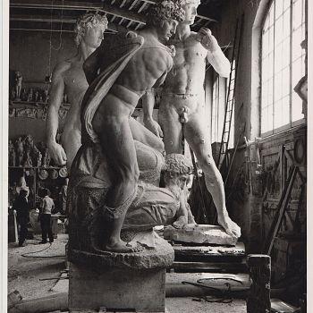 /images/1/6/16-carrara--ms---laboratori-artistici-di-scultura-in-pietra-nicoli.jpg