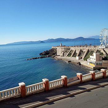 /images/1/6/16-piazza-bovio-ed-isola-elba.jpg