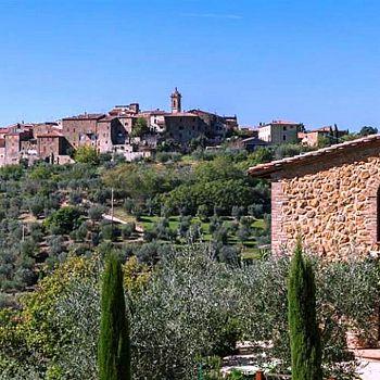 /images/1/8/18-castelmuzio-panorama-medium.jpg