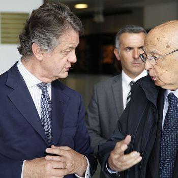 /images/1/8/18-il-presidente-emerito-giorgio-napolitano-in-visita-all-opera-di-firenze-per-la-mostra-dedicata-a-claudio-abbado-con-il-sovrintendente-francesco-bianchi---foto-©-michele-borzoni---terraproject---contrasto--1-.jpg