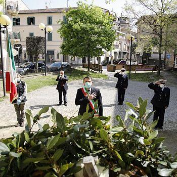/images/1/9/19-chiusi-festa-della-liberazione-03.jpg