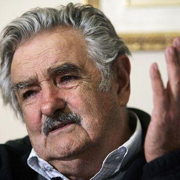 /images/2/0/20-pepe-mujica-fragil-equilibrio.jpg