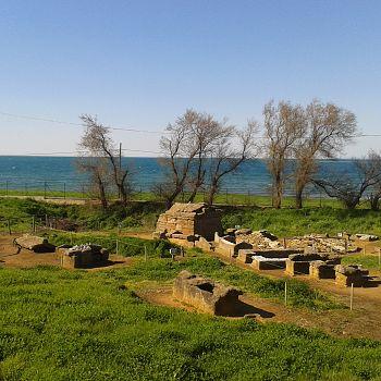 /images/2/1/21-parco-archeologico-di-baratti-e-populonia--.jpg
