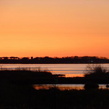 /images/2/1/21-tramonto-sul-lago.jpg