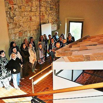 /images/2/1/21-visita-museo.jpg