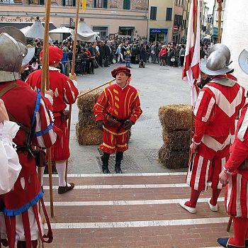 /images/2/3/23-amici-della-chianina---festa-del-ciambellino--2-.jpg