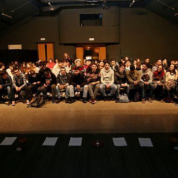 /images/2/3/23-giorno-della-memoria-lettera-alla-madre-minimal-teatro-eleonora-caponi-001.jpg