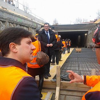 /images/2/3/23-tramvia-cantiere-strozzi-e.jpg