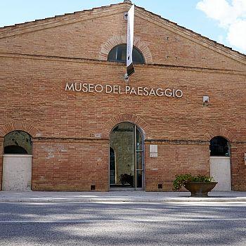 /images/2/5/25-museo-del-paesaggio-esterno.jpg