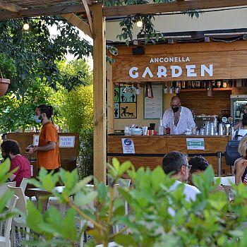 /images/2/6/26-anconella-garden--5-.jpg