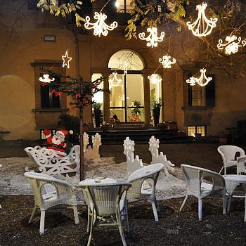 /images/2/7/27-villa-viviani--1--copia.jpg