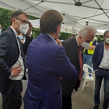 /images/2/9/29-il-consigliere-massimiliano-pescini-con-il-direttore-morello-e-il-presidente-giani.jpg