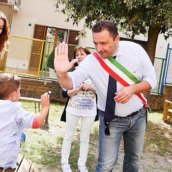 /images/2/9/29-sindaco-bettollini-e-assessore-marchini.jpg