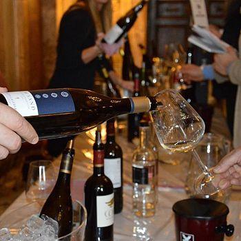 /images/3/0/30-wine---siena-22-gennaio.jpg