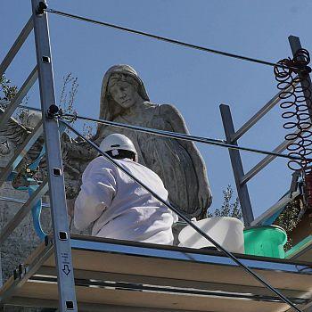 /images/3/1/31-restauro-monumento-caduti-01.jpg