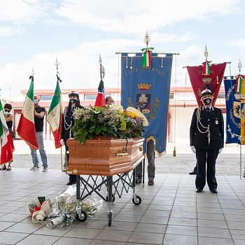 /images/3/2/32-funerale-rolando-fontanelli-88.jpg