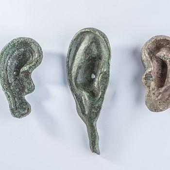 /images/3/4/34-le-orecchie-votive-in-bronzo.jpg