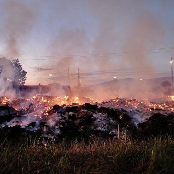 /images/3/5/35-incendio-cascine10.jpeg