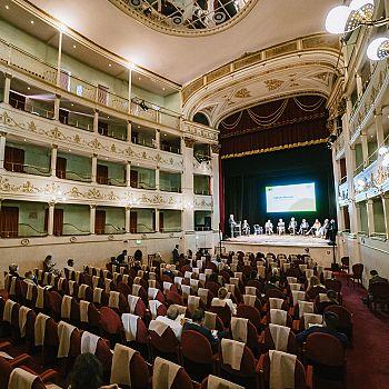 /images/3/6/36-083-fcrf-big-academy-teatro-niccolini-photo-stefano-casati-06006-websize.jpg