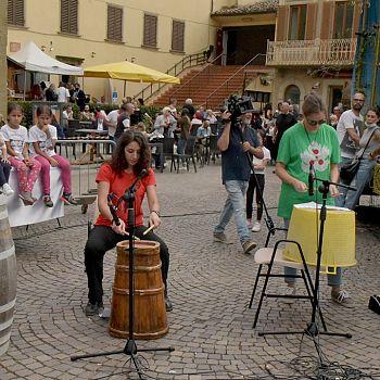 /images/3/6/36-percussionisti-rioni.jpg