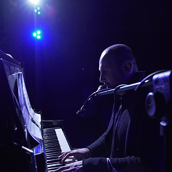 /images/3/6/36-pierfrancesco-pianoforte-3-blue.jpeg