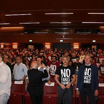 /images/3/8/38-auditorium-light.jpg