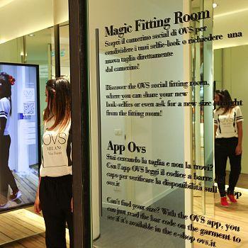 /images/3/8/38-ovs-magic-fitting-room-2.jpg