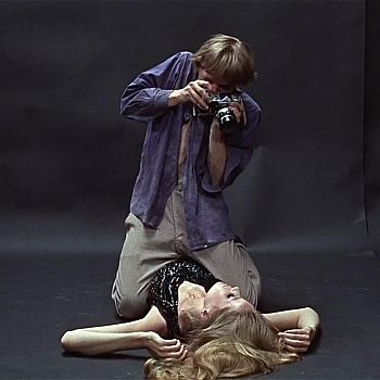 /images/4/2/42-blow-up.jpg