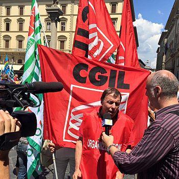 /images/4/4/44-poste-manifestazione-f.jpg