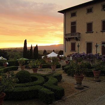 /images/4/4/44-villa-caruso.jpg