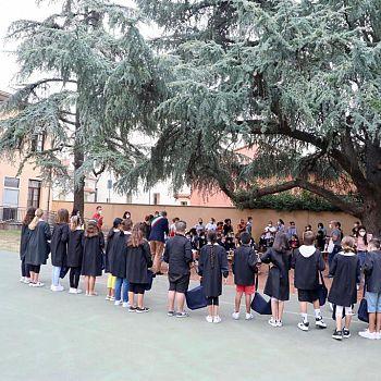 /images/4/5/45-003-primo-giorno-scuola-senza-zaino-michelangelo-santa-maria-assessore-bellucci.jpg