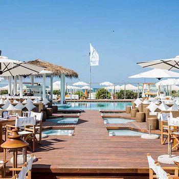 /images/4/8/48-nikki-beach-versilia--pool-deck.jpg