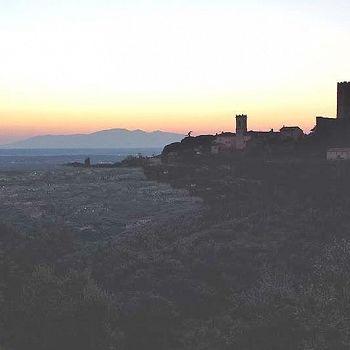 /images/4/9/49-larciano-castello-tramonto--foto-simona-vescovi-.jpg