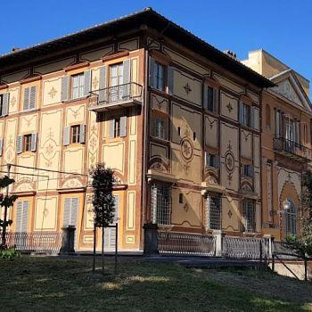 /images/5/2/52-prospetto-laterale-ovest-villa-favard-rovezzano.jpg