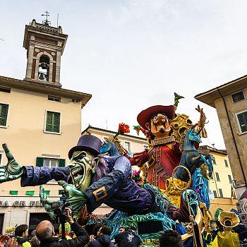 /images/5/5/55-carnevale-di-foiano-4.jpg