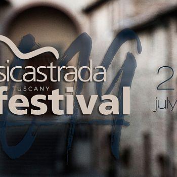 /images/5/5/55-festivalstriscia.jpeg