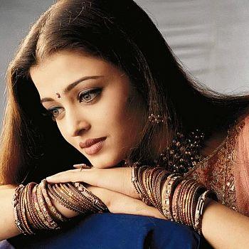 /images/5/6/56-aishwarya-rai-01.jpg